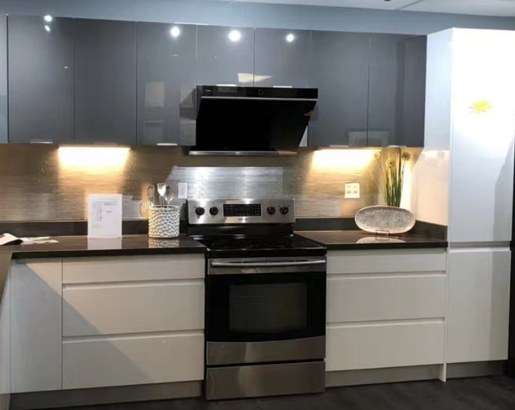 """Picture of FOTILE JQG7501 30"""" Under Cabinet High Airflow Kitchen Range Hood with LED Lights /Black Tempered Glass Surface"""